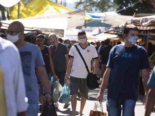 Brasileiros que apoiam o governo são os que mais querem estar na rua